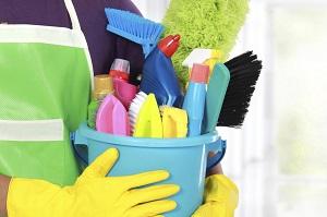 Kami menyediakan berbagai jenis Cleaning Service dengan ketersediaan alat dan bahan pembersih yang lengkap